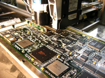 pcb assembly solder